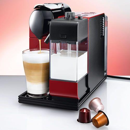 Cafetera Nespresso Lattissima en color rojo