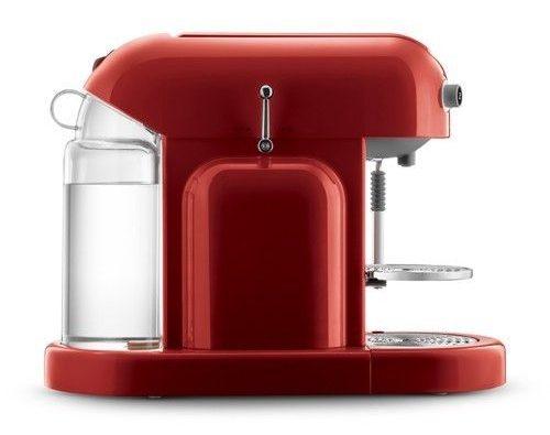 Cafetera Nespresso Maestria de color rojo