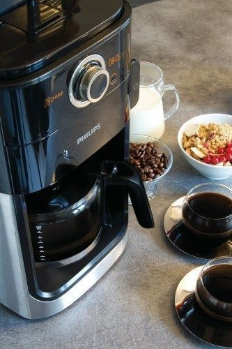 Philips HD7762: Grind & Brew de perfil