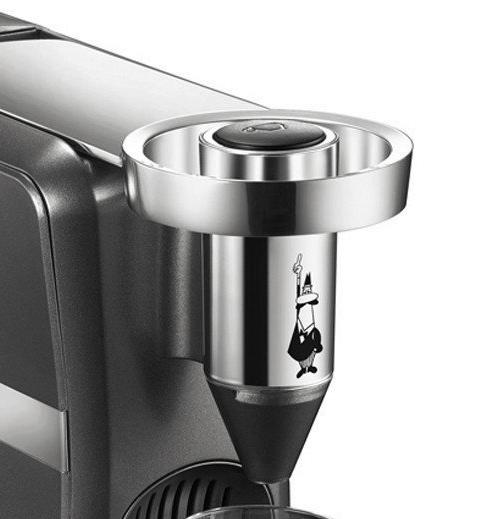 Detalle de la cafetera Bialetti CF70 Diva