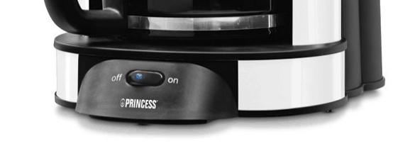 Detalle de la base de la cafetera Princess 242650 de 1 litro