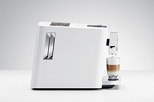 Imagen de la cafetera automática Jura A7 de perfil