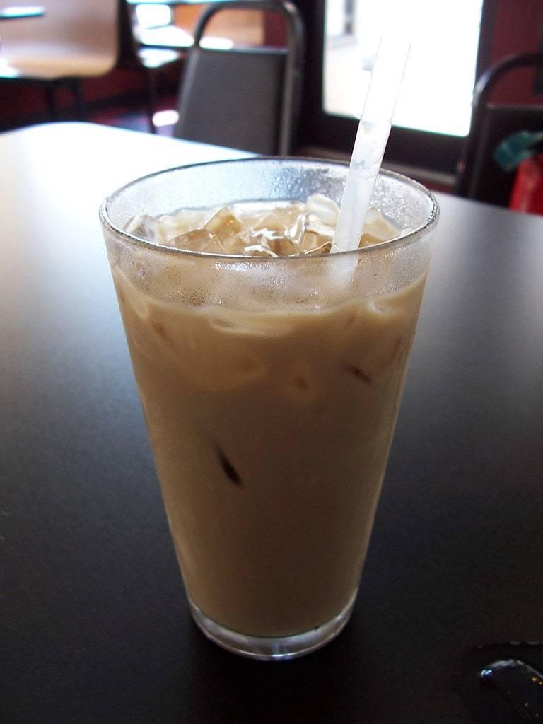 cafe helado con baileys