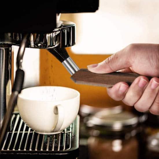 tecnolog/ía alemana y dise/ño de bosque de haya sostenible con cerdas veganas molinillo de caf/é y m/áquina de espresso Kaffeelabs Cepillo Barista para portafiltros calidad alemana